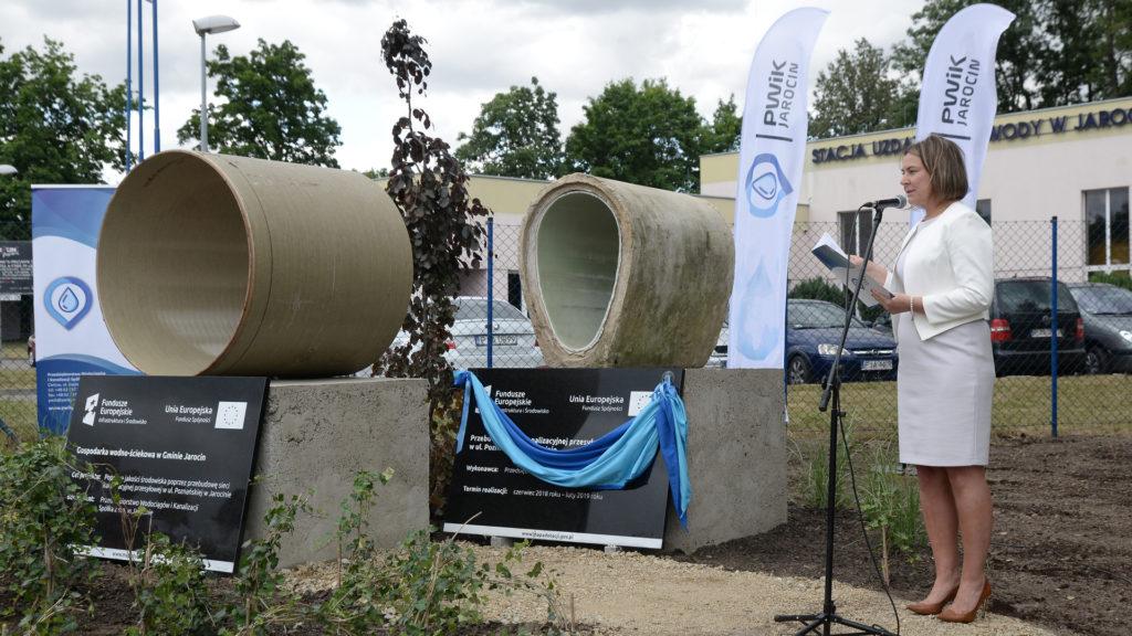 Uroczyste oddanie do użytku zmodernizowanego kanału przesyłowego w ul. Poznańskiej w Jarocinie