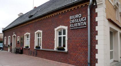 Biuro podawcze PWiK-u w centrum Jarocina